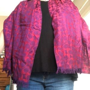 Coach scarf, raspberry color